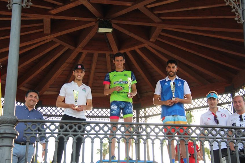 triatlon-isla-canela-podium